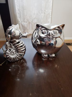 Owl & seahorse decor for Sale in Germantown, MD