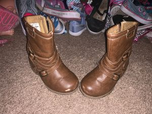 Toddler Girl Boots for Sale in Grandview, IL