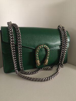 Gucci bag for Sale in Wayne, IL