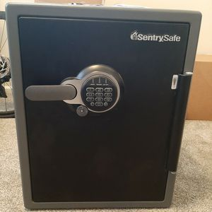 Sentrysafe 2 Cu Ft. Safe for Sale in Oakdale, CA