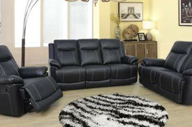 New Reclining set Black Bonded leather for Sale in SeaTac,  WA