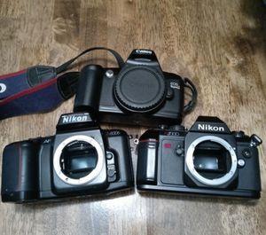 3 cameras need batteries for Sale in San Antonio, TX
