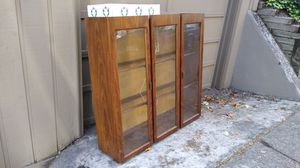 FREE vintage China hutch cabinet top walnut FREE for Sale in Portland, OR