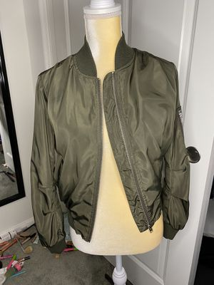 green jacket size medium for Sale in Victorville, CA
