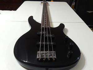 Yamaha trbx174 4-string bass guitar for Sale in Pearland, TX