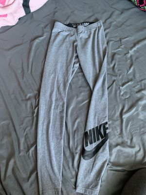 Grey Nike leggings for Sale in Bakersfield, CA