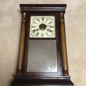 Seth Thomas Mantel Clock for Sale in Johnstown, OH