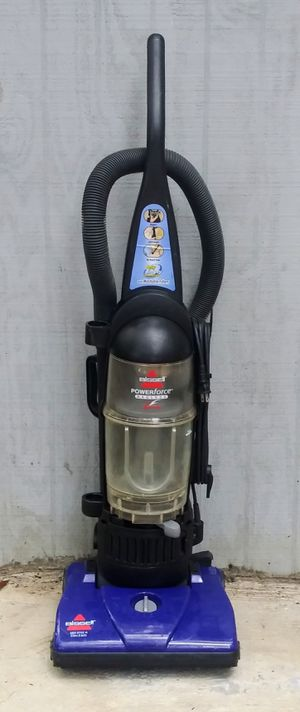 Bissell Vacuum Model 6583 Good Working Condition for Sale in Tampa, FL