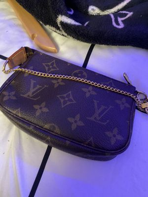louis vitton bags for Sale in Lompoc, CA