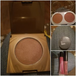 Make Up for Sale in Marietta, OH