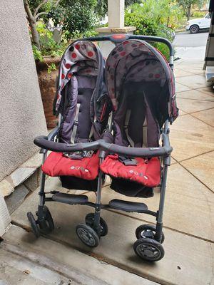 Combi - double stroller for Sale in Santa Clarita, CA