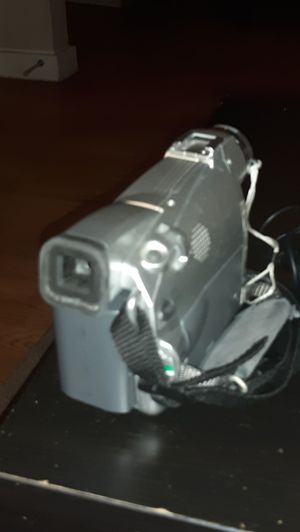 Canon zr80 mc digital video camcorder for Sale in Austin, TX