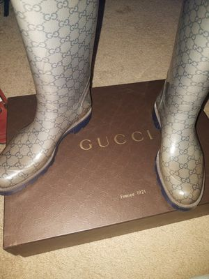 Gucci rain boots sz 9 MARKED DOWN! for Sale in Southfield, MI