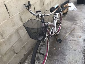 Woman Beach Bike for Sale in Los Angeles, CA