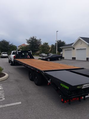 2019 LoadTrail 30FT Gooseneck w/Mega Ramps for Sale in Spring Hill, FL