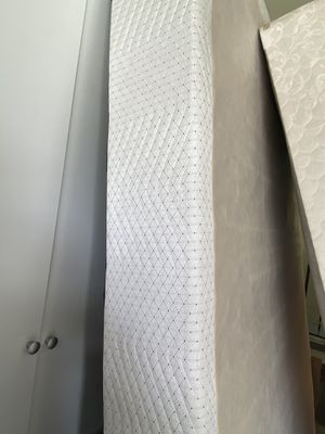 Box Spring Queen Size for Sale in Phoenix, MD