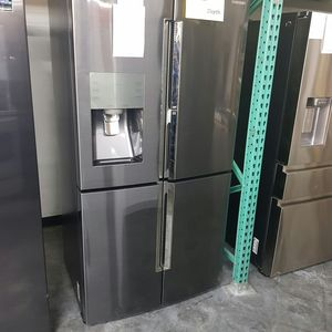 SAMSUNG 28cu 4Door Flex zone Control Refrigerator for Sale in Chino Hills, CA