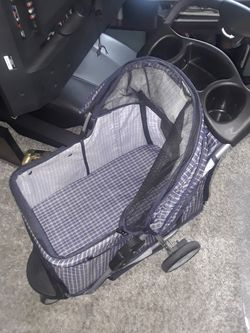 Dog stroller for Sale in Des Moines,  WA