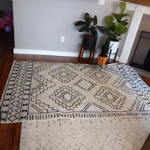 Nuloom Area Rug for Sale in Hillsboro, OR