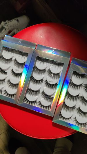 15 pair of lashes for Sale in Westminster, CA