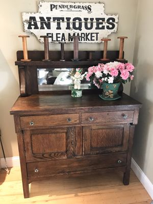 Antique buffet with mirror for Sale in San Carlos, CA