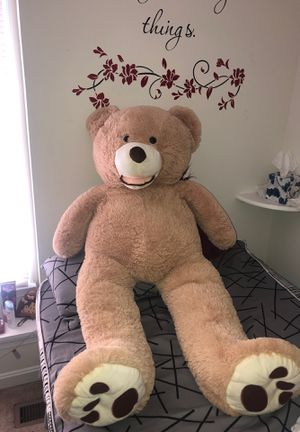 Giant teddy bear for Sale in Woodbridge, VA