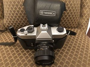 Yashica 35mm camera and lens for Sale in Englishtown, NJ