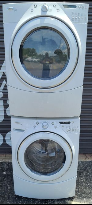 Whirlpool duet washer and dryer set for Sale in Miami, FL