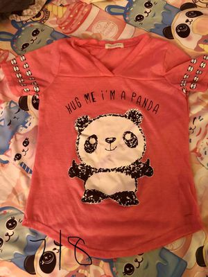 Girls size 7/8 shirt for Sale in Colton, CA