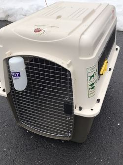 Petmate Vari Kennel Ultra - dog crate cage for Sale in Wyckoff,  NJ