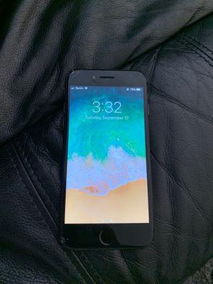 iPhone 8 68 Gb for Sale in Hercules, CA