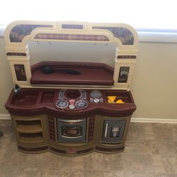 Kids Play Kitchen for Sale in Alexandria,  VA