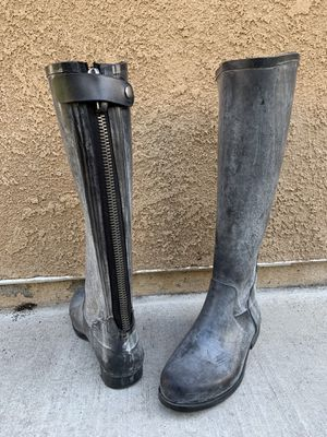 JCREW Black Rain Boots in size 6 for Sale in San Diego, CA