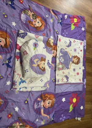 Sofia the first bed set twin for Sale in El Cajon, CA