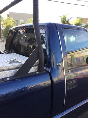 Chevy Pickup S-10 2002- Corre bien-Automatica~motor 4cyl- Titulo limpio~placas 2020-ESPECIAL $ for Sale in Hawthorne, CA