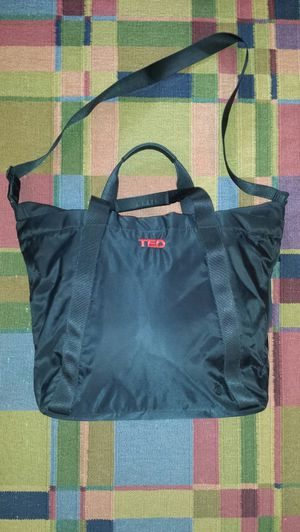 Lululemon Ted gym tote luggage bag for Sale in Atlanta, GA