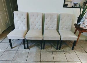 4 Chairs for Sale in Clovis, CA