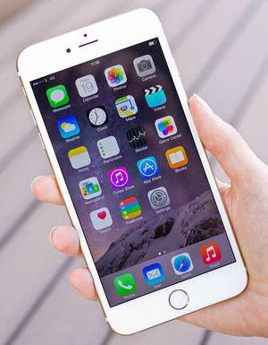 iPhone 6 Plus desbloqueado, funcionará en todas las empresas for Sale in Lexington, KY