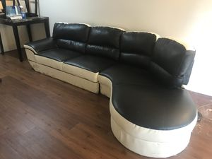 Retro black and white leather couch for Sale in St. Louis, MO