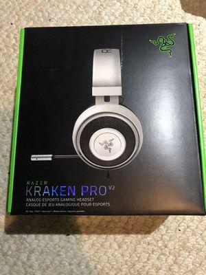 Razer Kraken Pro V2 Headphones for Sale in North Miami, FL