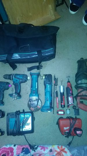 Makita/milwaukee power tools for Sale in Portland, OR