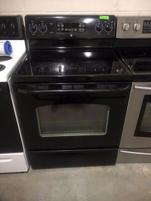 Ge glass top electric stove for Sale in Lexington, NC