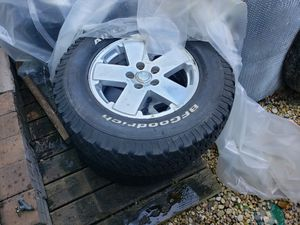 Jeep wheels for Sale in Erial, NJ