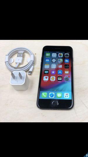 iPhone 7 128GB FACTORY UNLOCKED, like new + Store warranty for Sale in Washington, DC