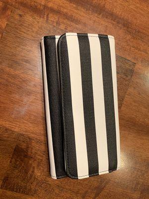 Wallet - KUT from the Kloth for Sale in Queen Creek, AZ