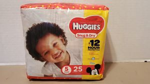 HUGGIES SNUG & DRY SIZE 5 for Sale in Portsmouth, VA