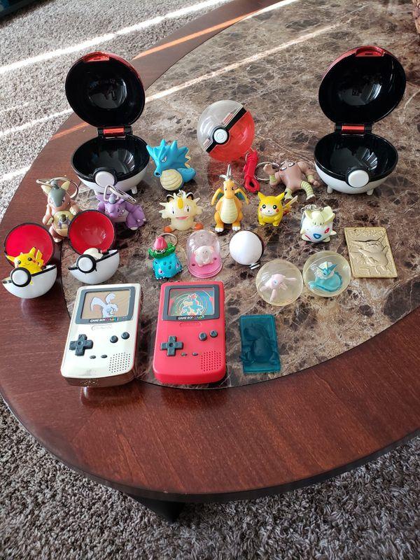 Pokemon ball,keychain, gold card lot