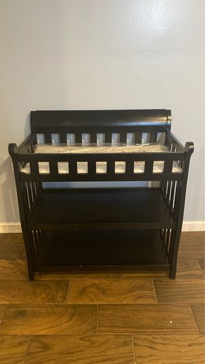 Changing table with pad for Sale in Grafton, OH