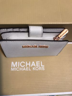 Michael KORS original cartera 💲45 dlls for Sale in Los Angeles, CA