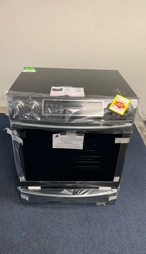 BRAND NEW!! Samsung NE58R9560WG ELECTRIC STOVE BQ6 for Sale in Beverly Hills, CA